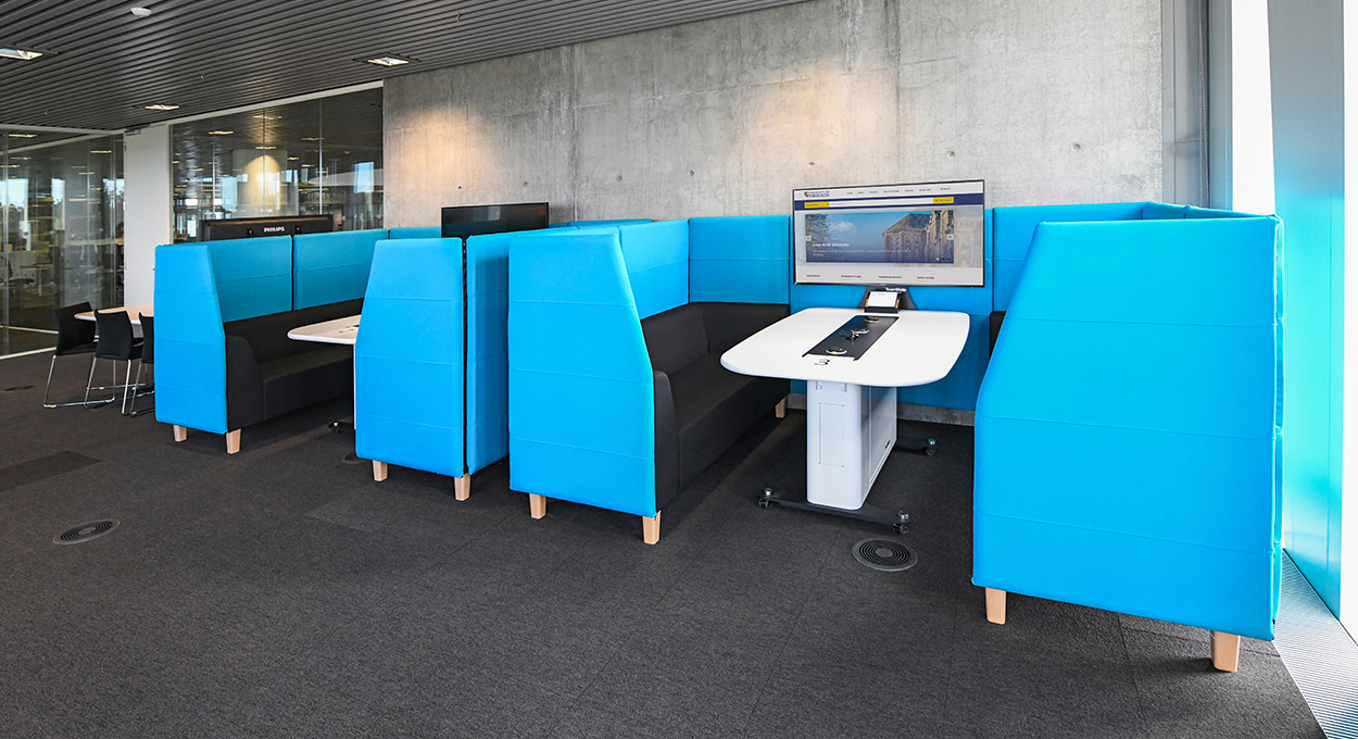 WorksZone Pod Uni of Aberdeen Library